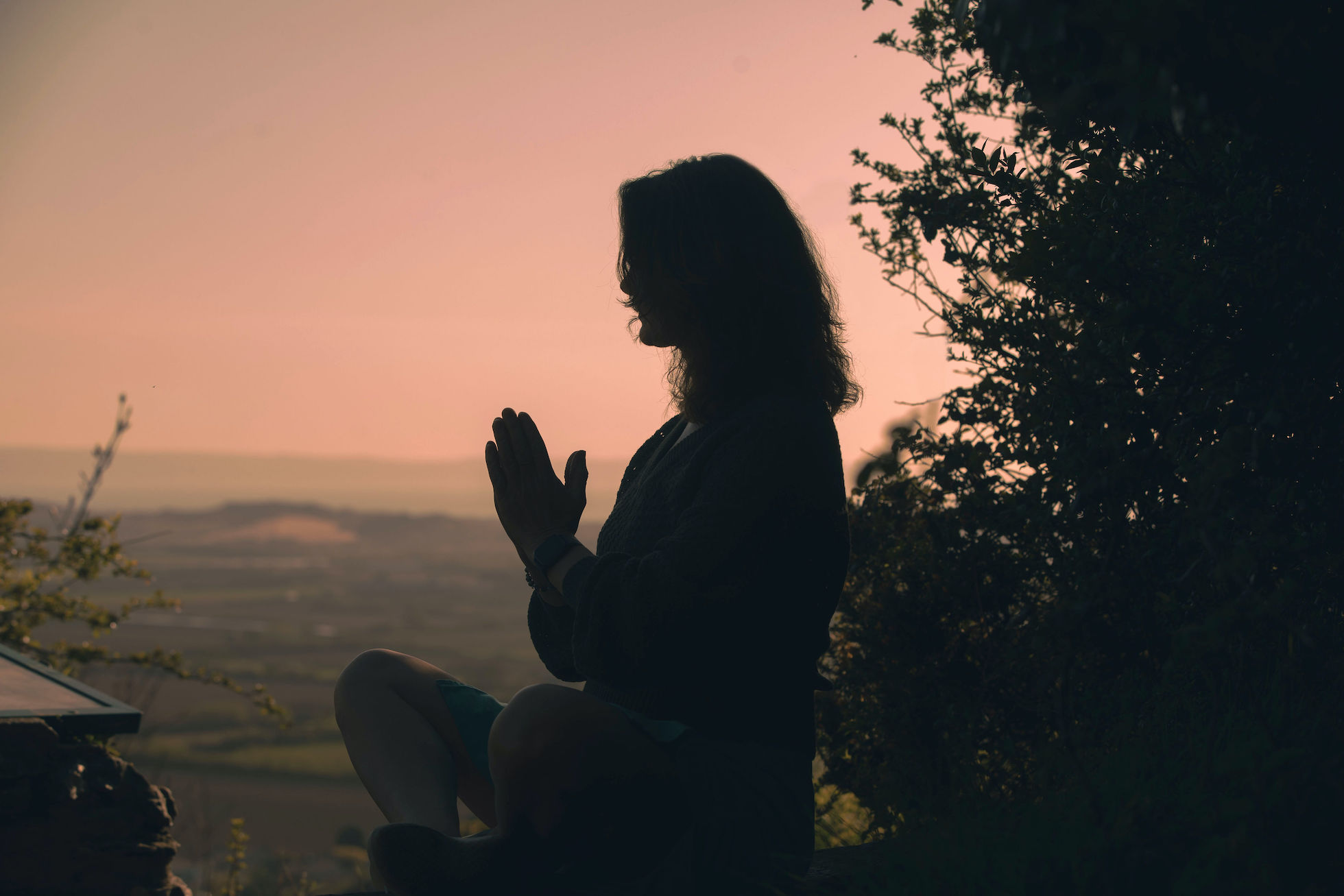 meditation silhoutte